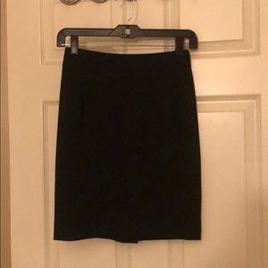 Theory suit skirt in black size 00